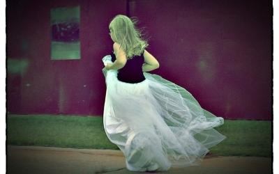Waarom rennen kinderen wel en volwassenen niet?