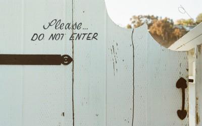 Waarom trappen Nederlanders zo graag open deuren in?