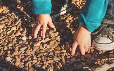 Hoe je het ouderschap kunt gebruiken om innerlijke rust te vinden