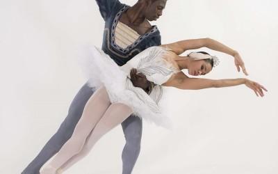 """Uniek: hoofdrollen """"Zwanenmeer"""" voor twee zwarte dansers"""